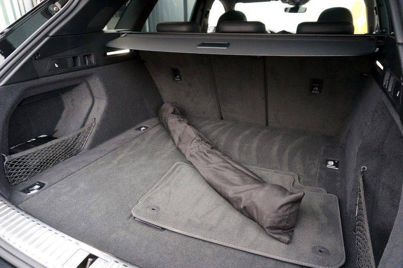 Audi e-tron 55 quattro *4% bijtelling *€180 netto bijtelling afbeelding 21