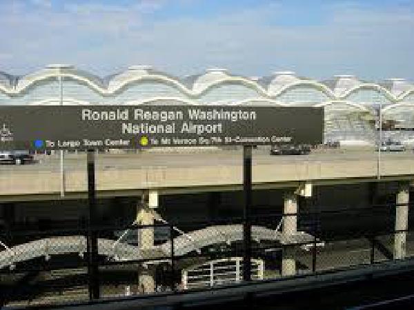 어제 로널드 레이건 국제 공항서 '정전 소동'