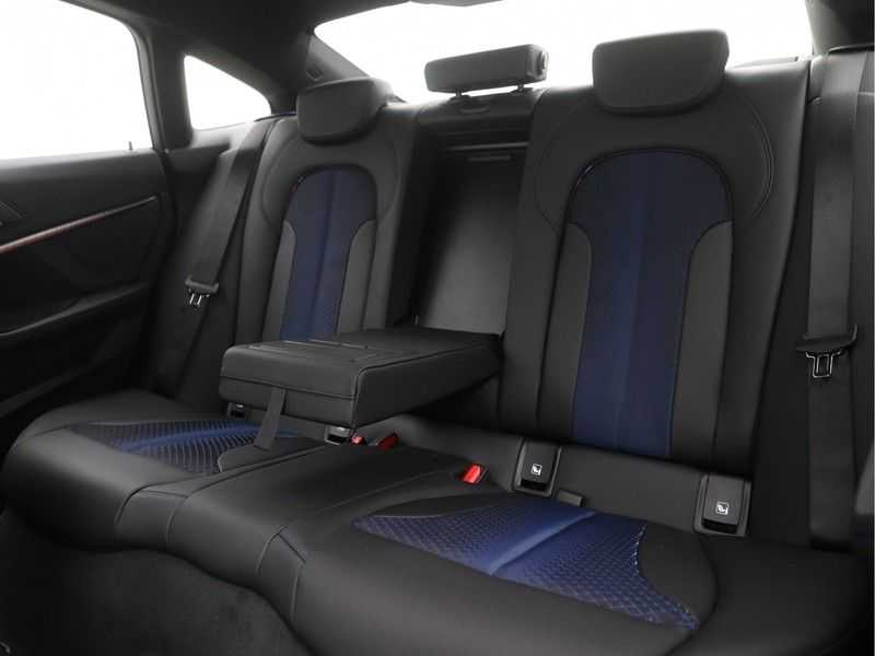 BMW 2 Serie Gran Coupé 218i Executive Edition M-Sport Automaat afbeelding 19