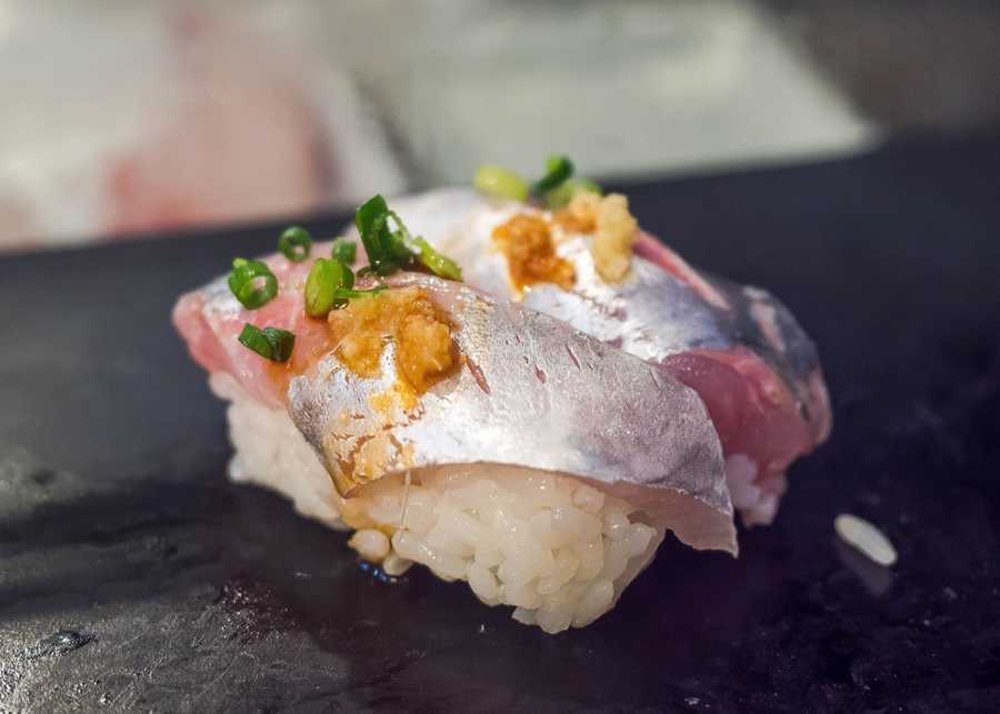 Tsukiji market mackerel sapa with horseradish