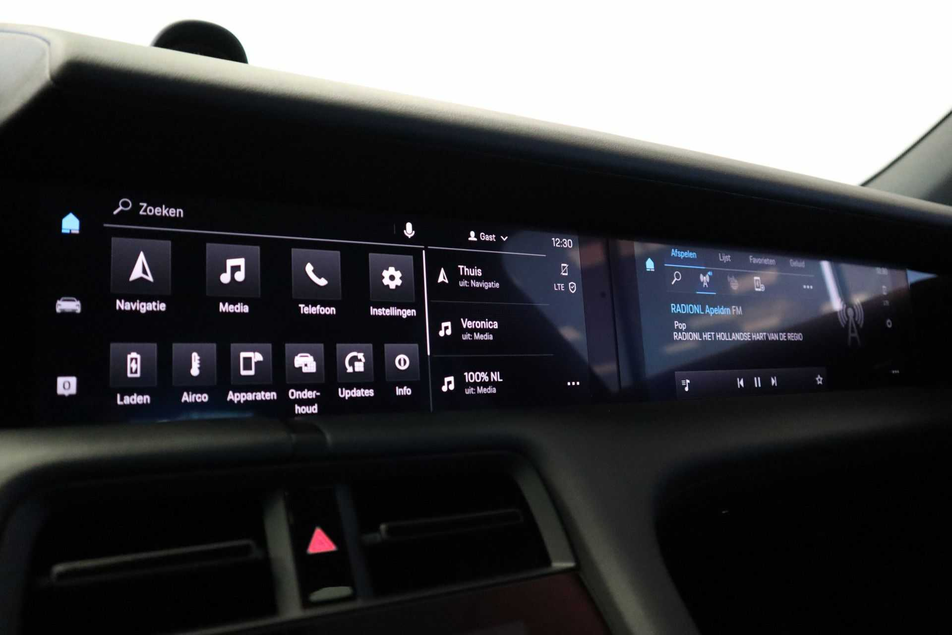 Porsche Taycan 4S Performance 571pk! Prijs = Ex.BTW Full-Led Sport-Chrono Panoramadak Warmtepomp afbeelding 17