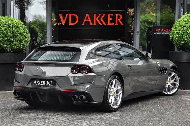 Ferrari GTC4 Lusso T HELE PASS.DISPLAY+PANO.DAK+DAYT.STOEL NP.350K afbeelding 2