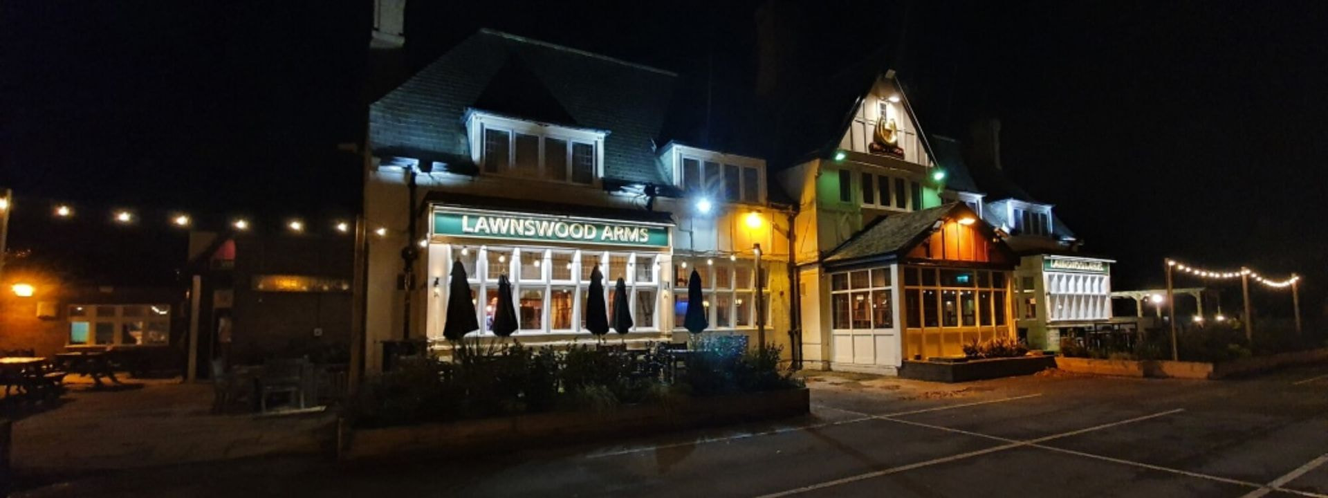 The Lawnswood Arms Pub
