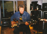 11 bob recording with gary moore london2003.200x200