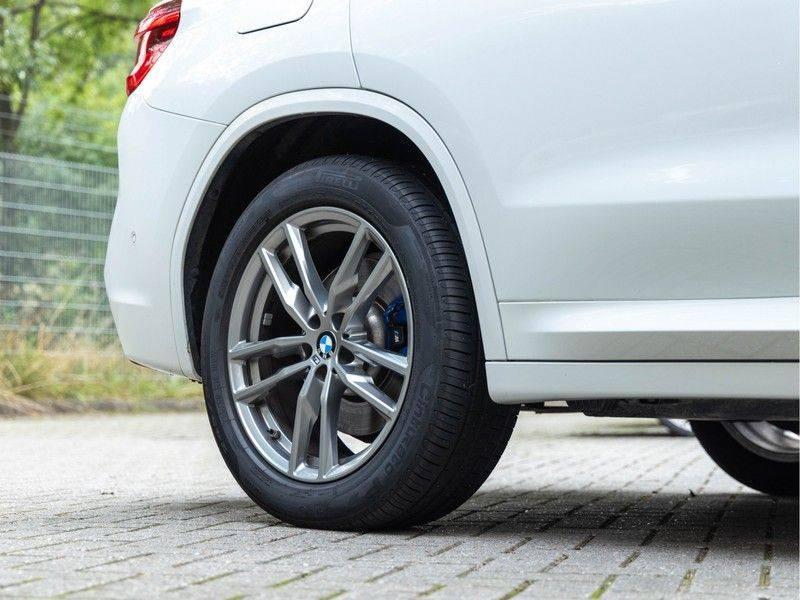 BMW X3 xDrive30i M-Sport - Trekhaak - ACC - Panorama - Head-up - Standkachel afbeelding 11