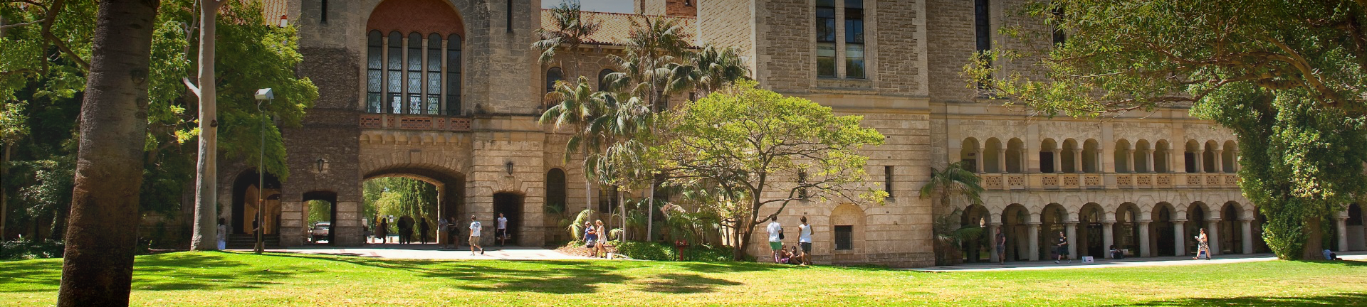 Campus and quad view with students of the University of Western Australia