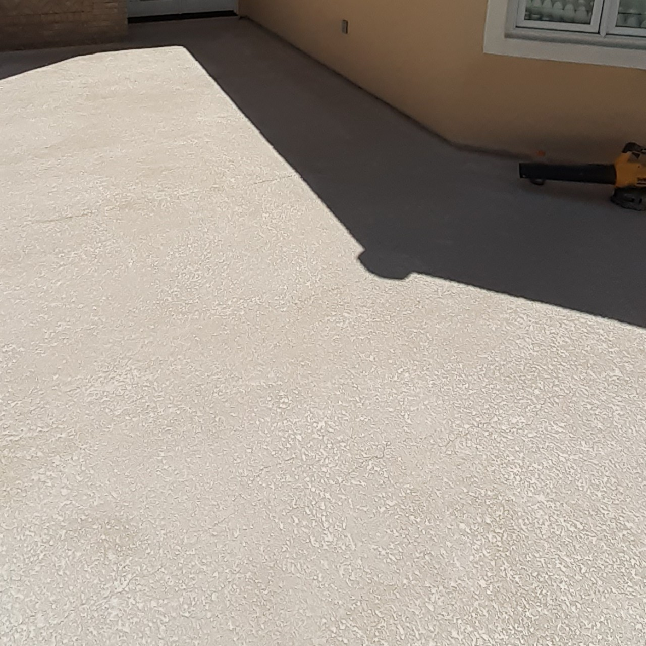 concrete-balcony-deck-restoration--cleaning-17