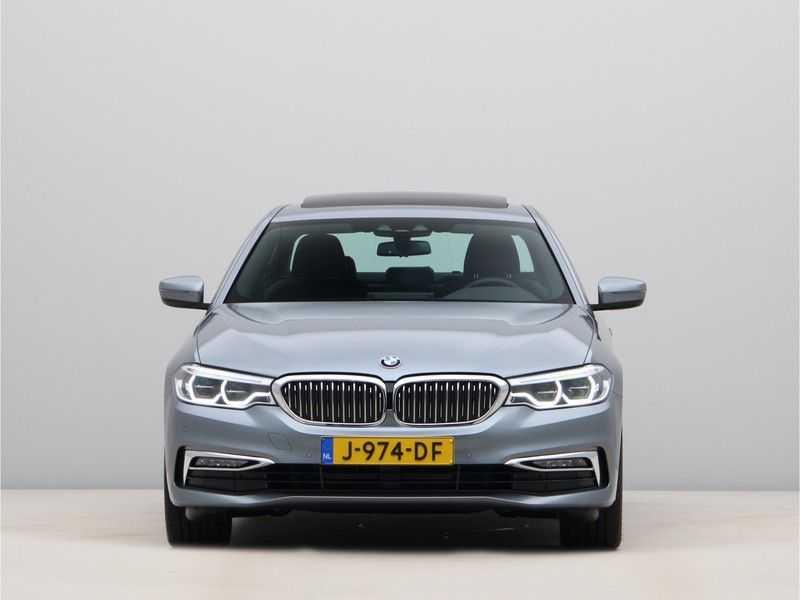 BMW 5 Serie 520i High Exe Luxury Line afbeelding 6