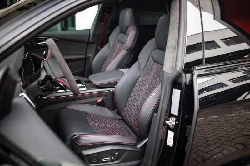 "Audi RS Q8 4.0 TFSI Quattro *RS-Dynamic Plus / Keramisch / Massage / HUD / 23"" / B&O* afbeelding 10"