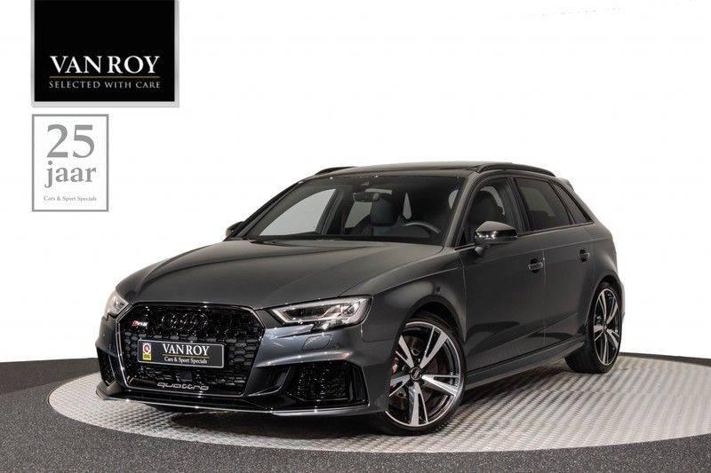 "Audi RS3 Sportback 2.5 TFSI 400pk Quattro Panoramadak BlackOptic B&O Sportstoelen Led-Matrix Navi/MMI DriveSelect Carbon ACC Keyless Camera 19"" Pdc afbeelding 1"