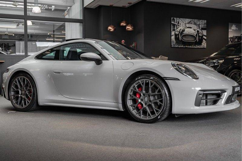 Porsche 911 992 S Krijt Sport Design Pakket 18 weg Bose Sport Chrono 3.0 Carrera S afbeelding 11
