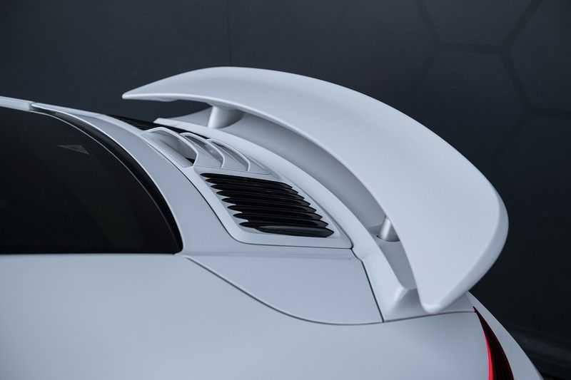 Porsche 911 Turbo S 991.2 3.8 Carbon seats + Keramisch + 4-wiel best. + NP € 331.000,- + Dak + Carbon + Bose + Carplay + ACC afbeelding 13