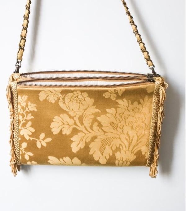 Petit sac à main upcyclé à partir de rideaux anciens et précieux