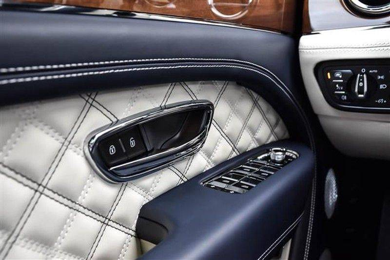 Bentley Bentayga V8 FIRST EDITION BLACKLINE+CERAMIC BRAKES NP.338K afbeelding 23