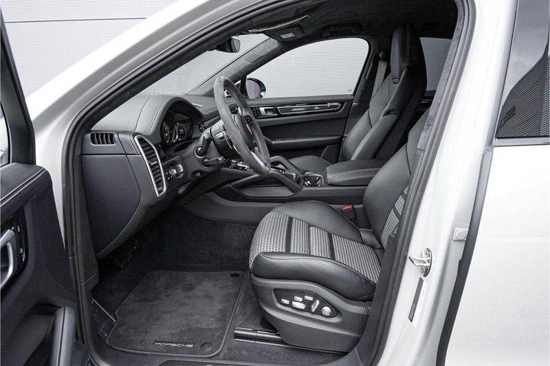 Porsche Cayenne Coupé E-Hybrid 462pk Nieuwprijs: €190.000,- Sportpakket, Techart afbeelding 3