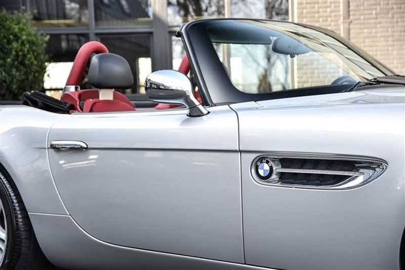 BMW Z8 ROADSTER 5.0-V8 ZWART/ROOD LEDER afbeelding 23