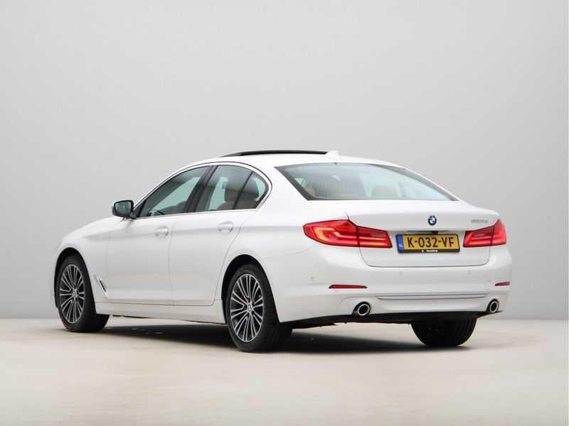 BMW 5 Serie 520d Luxury Line High Executive afbeelding 14