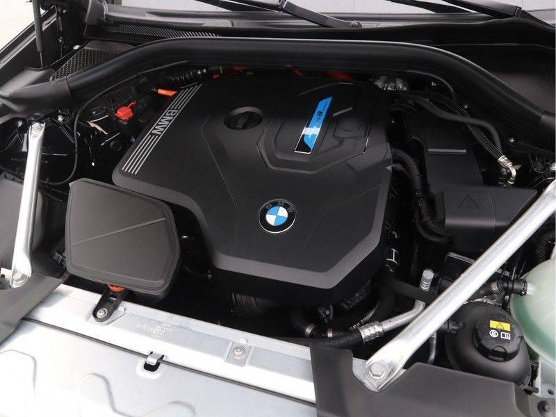 BMW X3 xDrive 30e High Executive M-Sport Individual afbeelding 4