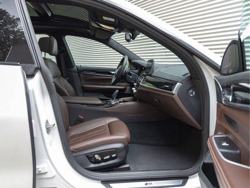 BMW 6 Serie Gran Turismo 630i High Executive - M-Sport - Luchtvering - Facelift - Panorama afbeelding 15
