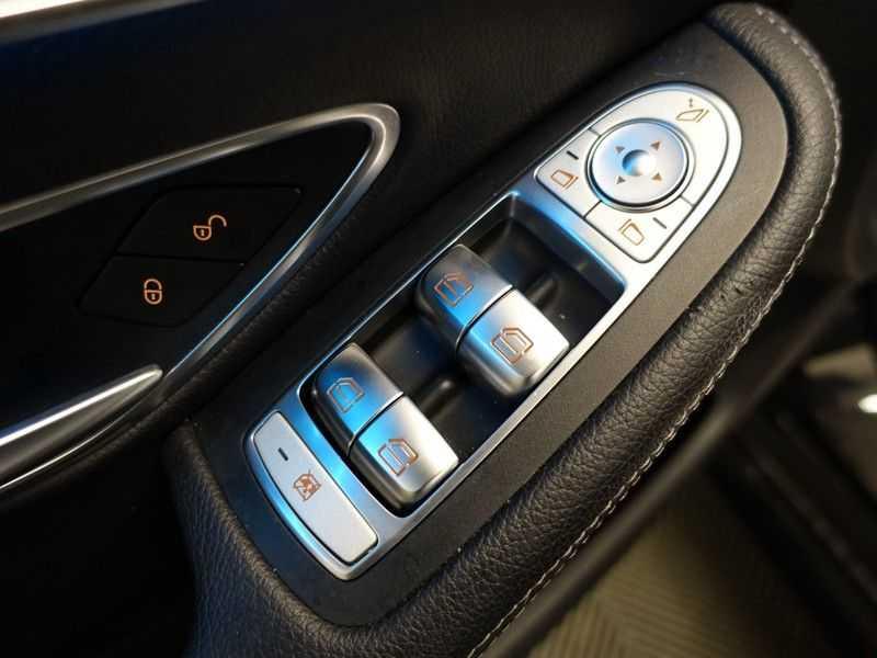 Mercedes-Benz C-Klasse 43 AMG 4M Black Series 368pk Autom- Schuifdak, Burmester, Leer, MBUX, Camera, Full! afbeelding 9