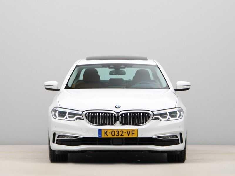 BMW 5 Serie 520d Luxury Line High Executive afbeelding 5