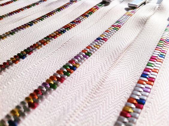 Fermetures éclair multicolores