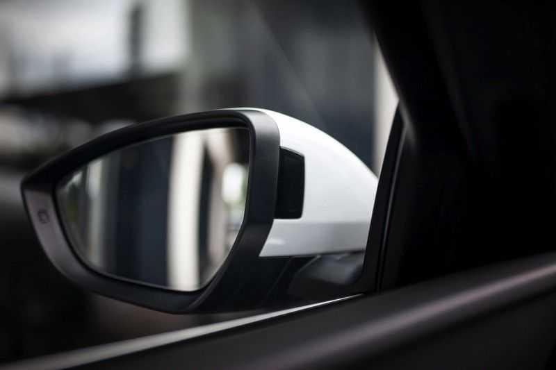 Audi e-tron 55 Quattro *Advanced / B&O / Pano / ACC / 4% Bijtelling €175,- P.M.* afbeelding 14