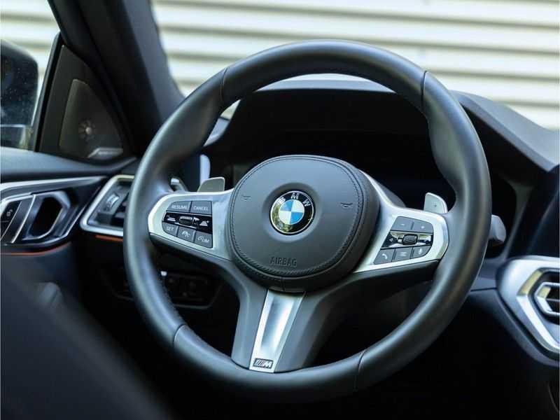 BMW 4 Serie Coupé M440i xDrive - High Executive - Dak - ACC - Harman Kardon afbeelding 15