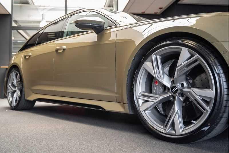 Audi RS6 Avant Exclusive Keramisch Akrapovic B&O High End RS 6 TFSI quattro afbeelding 2