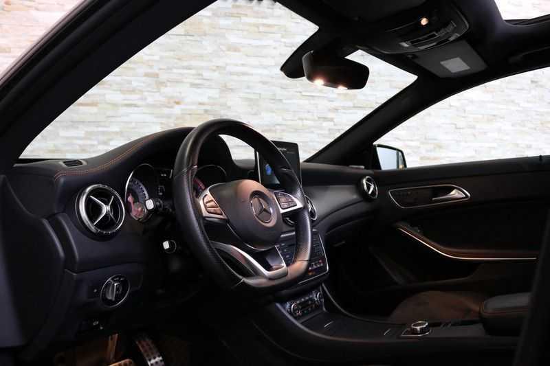 Mercedes-Benz CLA-Klasse Shooting Brake 200 OrangeArt Edition | VERKOCHT! | | Panoramadak | Memory stoelen | AMG Pakket | Night Pakket | Achteruitrijcamera | afbeelding 17