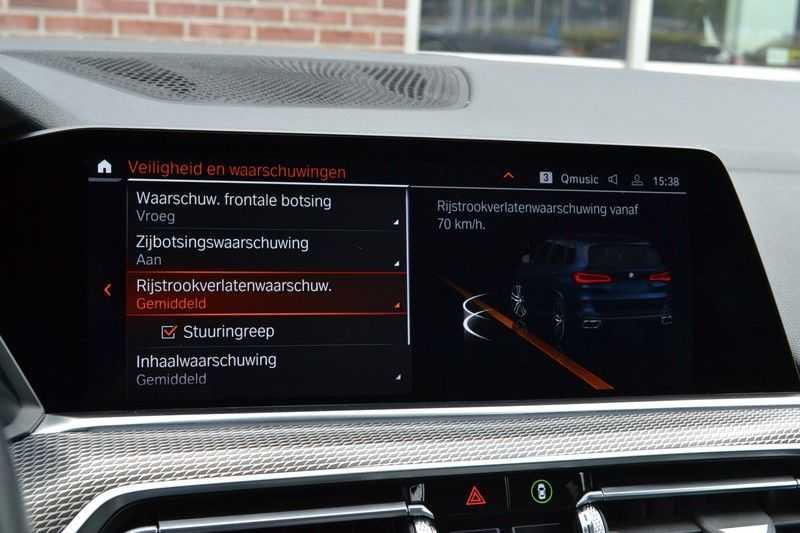 BMW X5 xDrive30d 265pk M-Sport Pano Luchtv Trekh DA+ PA+ Standk afbeelding 13