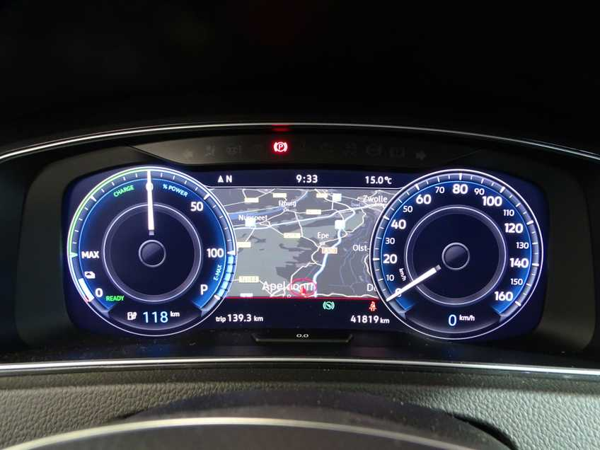 Volkswagen e-Golf e-Golf MARGE! LED Navigatie Clima Cruise Warmtepomp Virtual CP Camera afbeelding 20