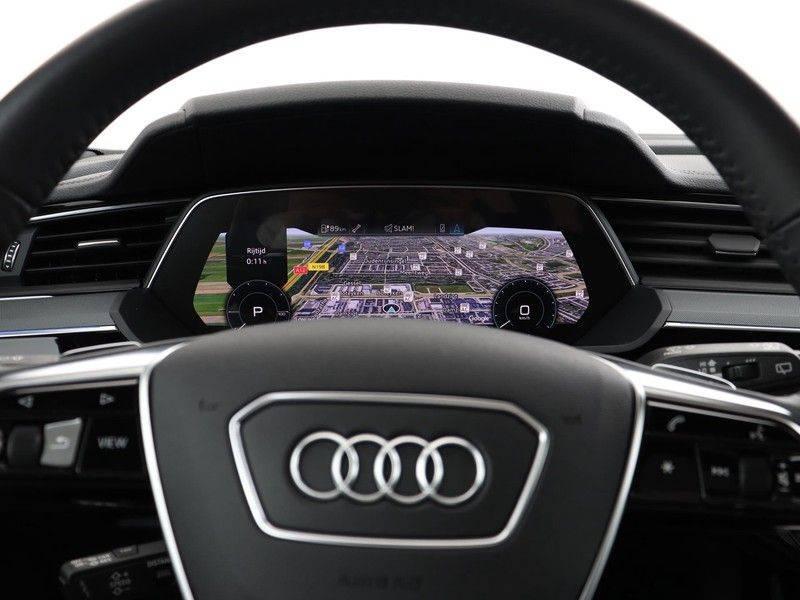 Audi e-tron 55 Quattro Incl. BTW | +/- €130 netto bijtelling| Camerabeeld spiegels | Adapt. Cruise | NAVI | Head-Up Display | 21 Inch | Matrix LED | 360 Camera | B&O | DAB | Keyless-Entry | Pano-Dak | afbeelding 3