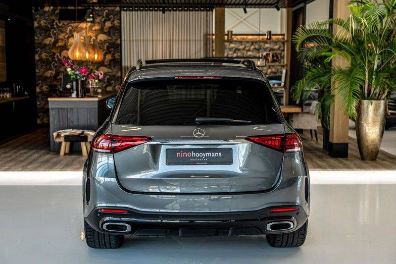 Mercedes-Benz GLE 450 4MATIC AMG   Panorama   Head-up Display   Memory   Burmester   Luchtvering   NP €140.000 afbeelding 4