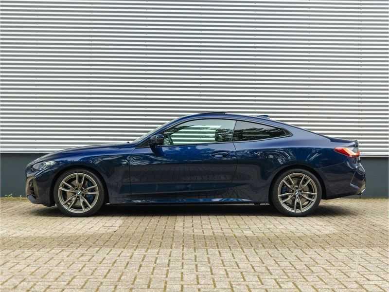 BMW 4 Serie Coupé M440i xDrive M-Sport - Head-up - Dak - Camera - DAB afbeelding 8