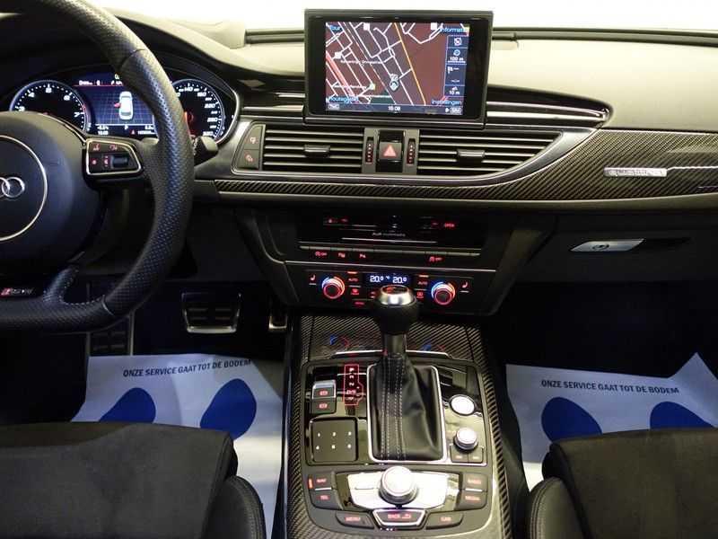 Audi A6 Avant 4.0 TFSI RS6 Quattro Performance 605pk Aut- B&O, Nightvision, Head-up, Orig NL Auto! afbeelding 13