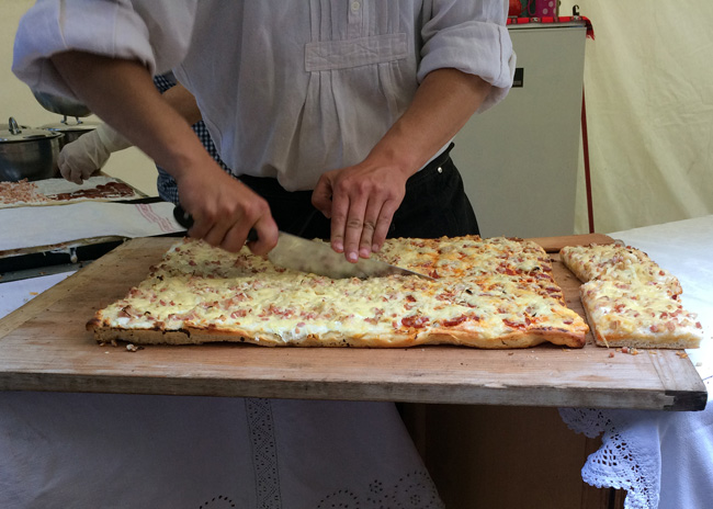 Pompos - Hungarian style pizza in Budapest