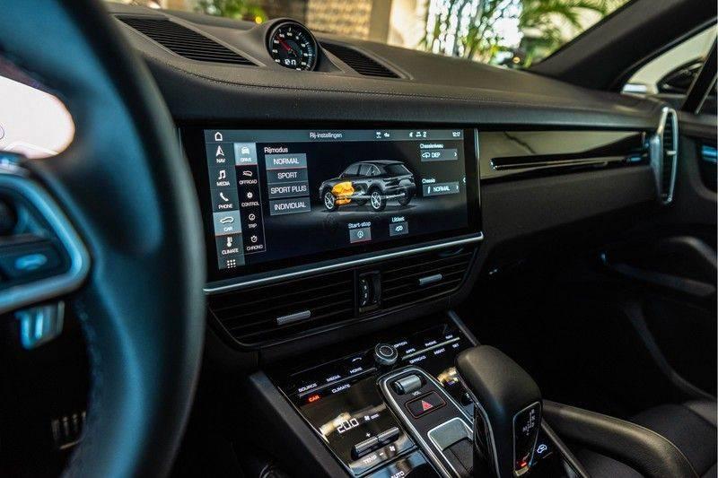 Porsche Cayenne 2.9 S | Sport Chrono | Panorama | PDLS | PASM | DAB | Memorypakket afbeelding 17