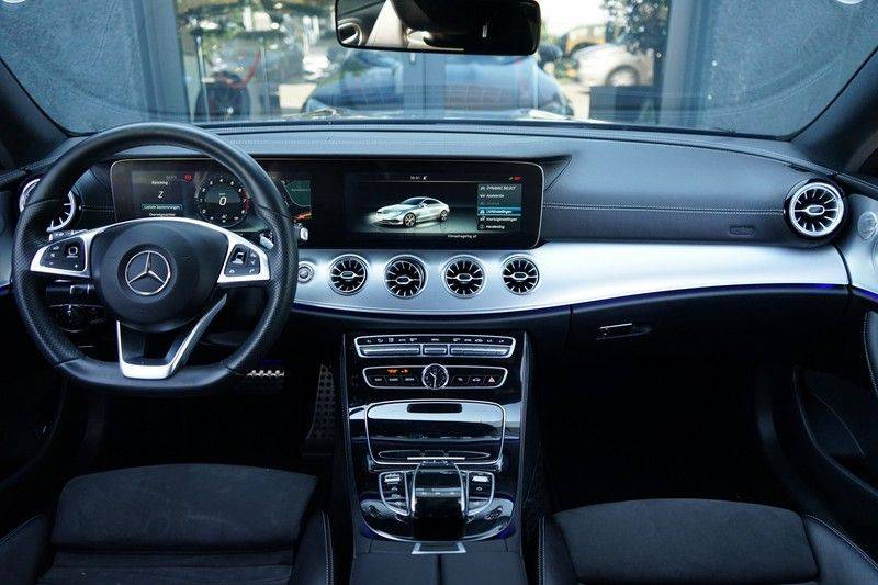 Mercedes-Benz E-Klasse Coupé 200 Premium Plus AMG, Pano, Burmester afbeelding 3