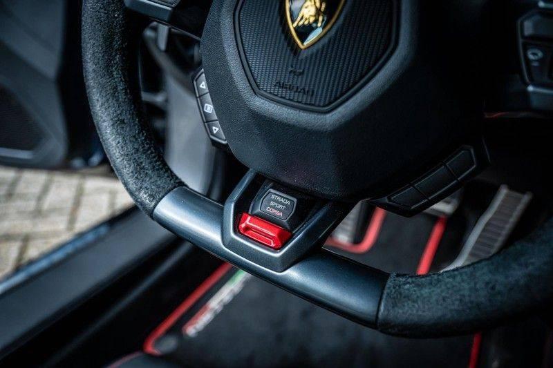 Lamborghini Huracan 5.2 V10 LP610-4, 610 PK, Keramiek, Nose Lift, Camera, Stitching, Rear/Wing, 33DKM, 2015!! afbeelding 16