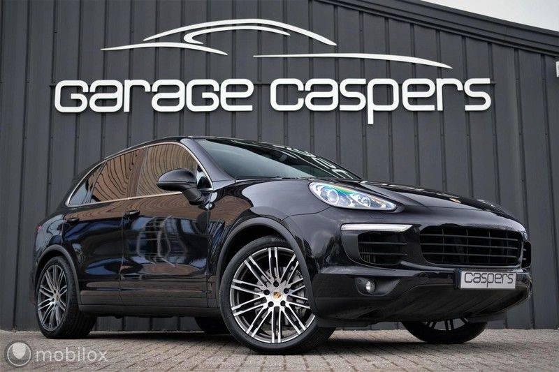 Porsche Cayenne 4.2 D S | Panoramisch dak | Bose | 850 Nm afbeelding 1