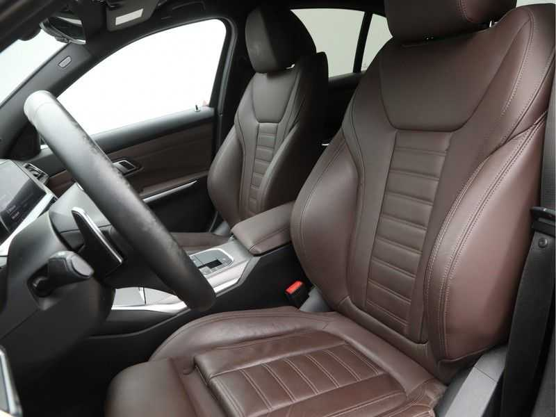 BMW 3 Serie 320i High Exe M-Sport Aut. afbeelding 10