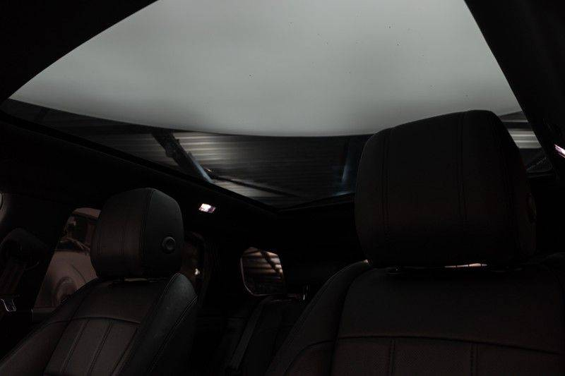 "Land Rover Range Rover Evoque P300 R-Dynamic 300pk AWD Black Pack Panoramadak ClearSightSpiegel MeridianSound Volleder AmbientLight Navi Keyless Full-Led DAB 20"" 360Camera Pdc afbeelding 6"