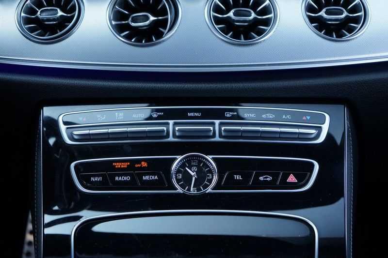 Mercedes-Benz E-Klasse Coupé 200 Premium Plus AMG, Pano, Burmester afbeelding 25