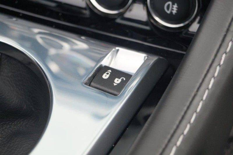 Aston Martin DBS Volante 6.0 V12 6-Speed Manual *!*Only 43 worldwide*!* afbeelding 17