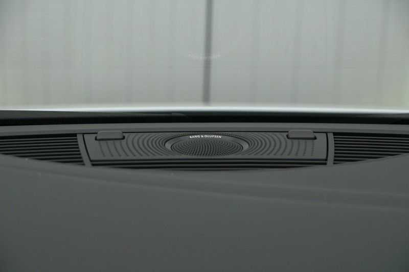 Audi R8 Spyder 5.2 V10 FSI / Akrapovic / Carbon Pack / B & O / Ceramic / Camera / Audi Exclusive / Cruise afbeelding 23