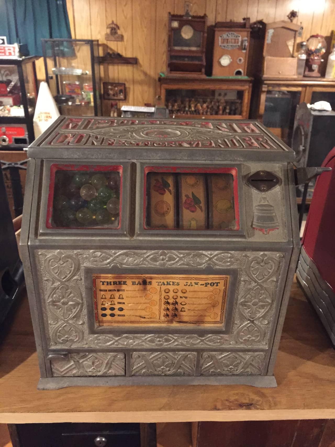 Chicago Mint Puritan Confection Vendor