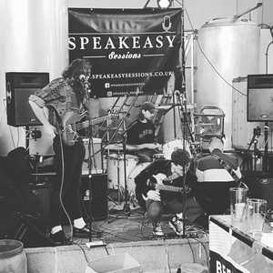 Getting ready for tonight with @bollobolloboys and @mrcamcole for @speakeasy_sessions. Let's go! 7:30 onwards!