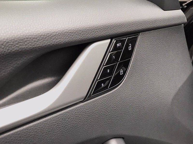 Porsche 911 Cabrio 3.0 Carrera 992 ACC, Sport/Chrono, Sportuitlaat, 14 Way, 360* Camera, Lane Assist, PASM, PDLS Plus, 21INCH afbeelding 12
