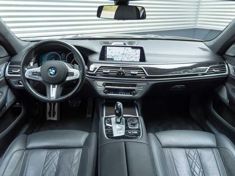 BMW 7 Serie M760Li xDrive - Bowers & Wilkins Audio - Night Vision - Entertainment Professional afbeelding 14